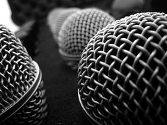 """Mic"", de Bill Selak sous licence CC-BY-ND BY"