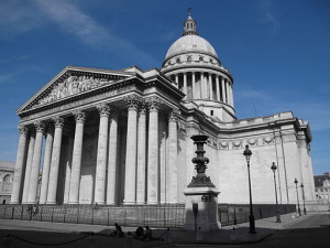 Paris Pantheon Outside By Velual (Licence CC BY 3.0)