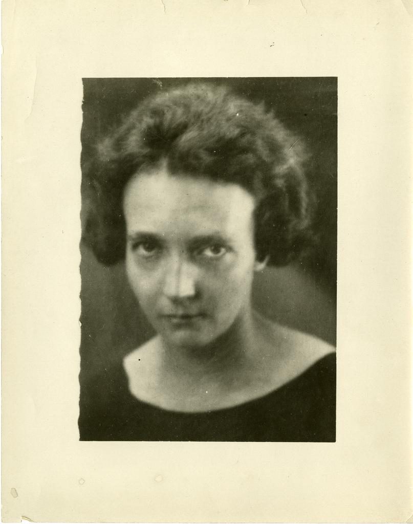 Irène Joliot-Curie (1897-1956), c. 1935 - Smithsonian Institution - Aucune restriction de droits d'auteur connue