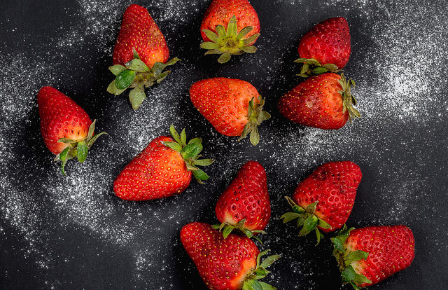 sugar-strawberries-by-stefano_cc-by-nc-nd-2-0